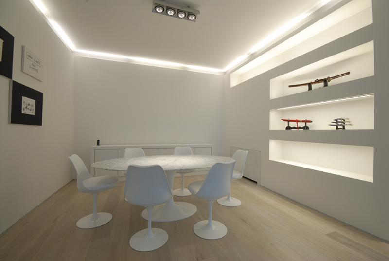 Illuminazione per ufficio neon design pulito e illuminazione